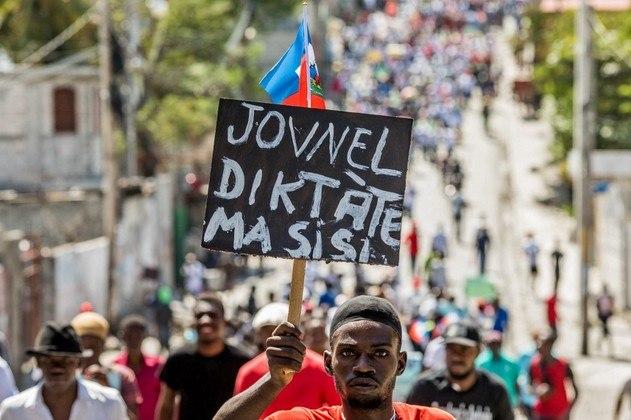 Protestos em Porto Príncipe